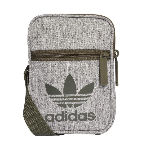 ce3800 Adidas oldaltáska cb69214e6f